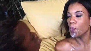 Ebony Πίπα cum στο στόμα